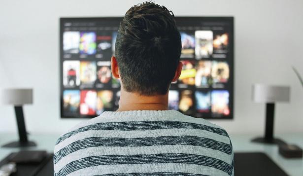 การที่ได้ดูหนังเป็นสื่อบันเทิงที่ช่วยให้เราผ่อนคลายที่สุด